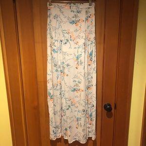 Billabong maxi skirt with slits
